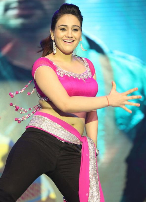Aksha_026_Aadu Magaadra Bujji_Platinum_Western Dance