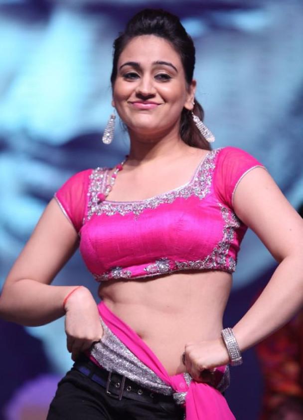 Aksha_027_Aadu Magaadra Bujji_Platinum_Western Dance