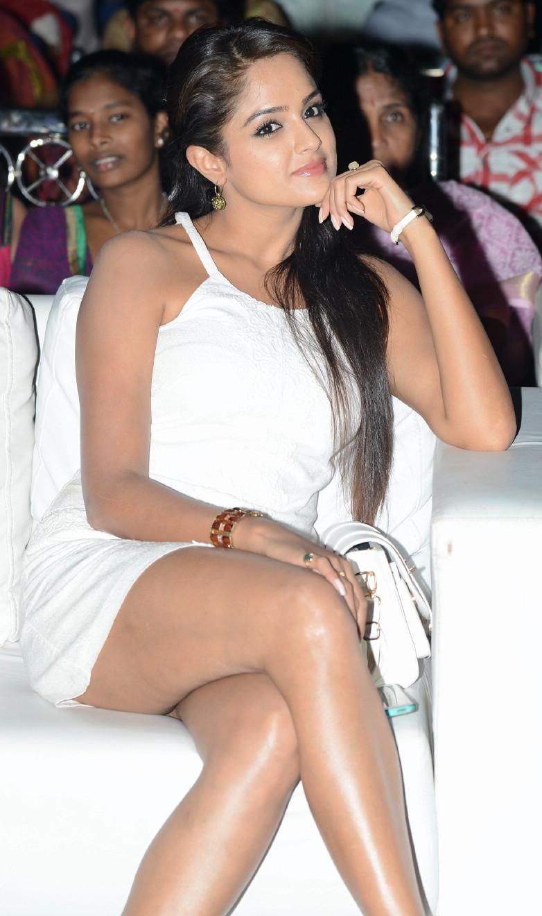 Asmita Sood_011_Aadu Magaadra Bujji_Audio_Western Upskirt