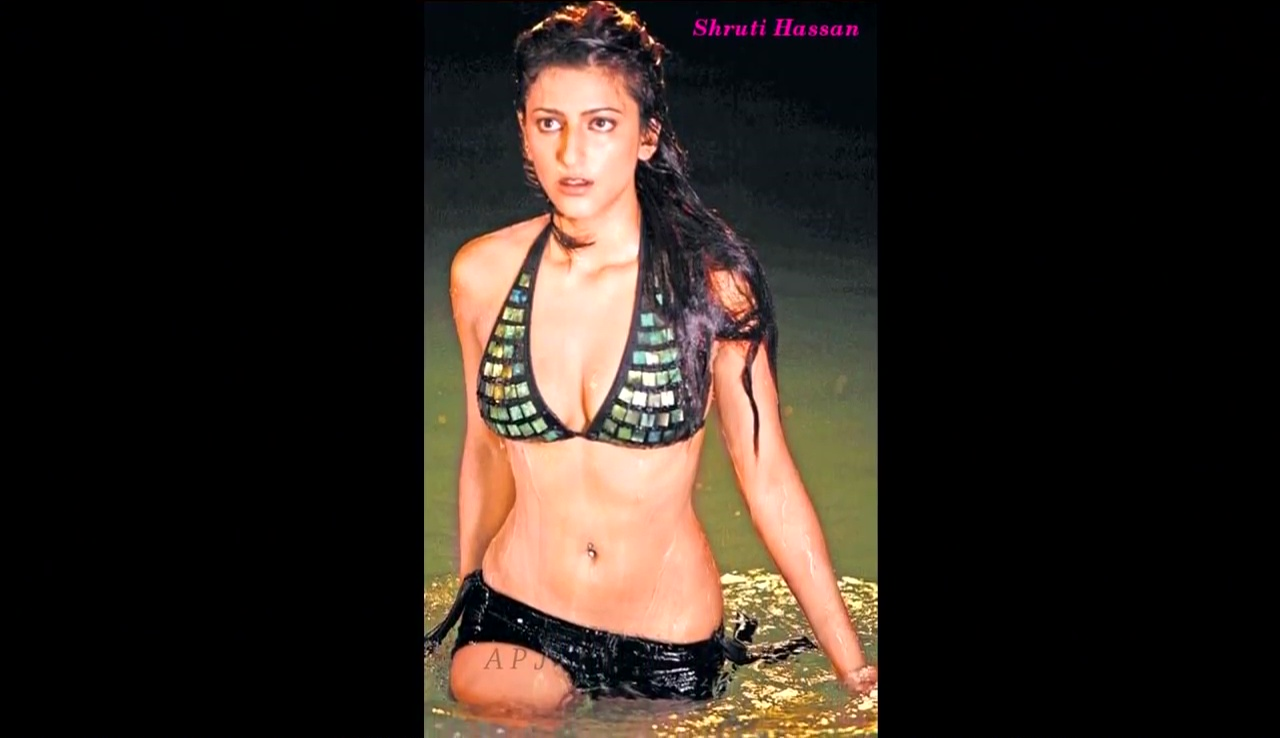 Shruti hassan Bollywood Actress Hot Bikini Pic 43
