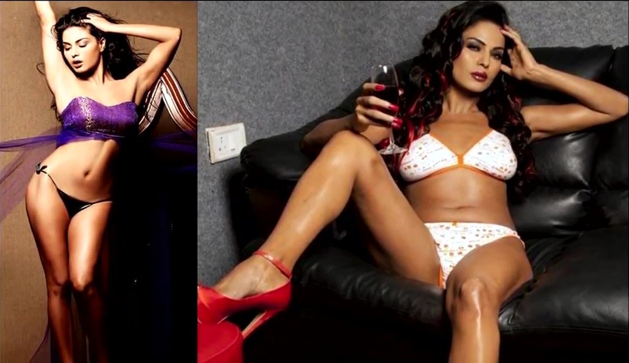 Veena malik Bollywood Actress Hot Bikini Pic 50