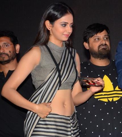 Rakul Preet Singh_012_Abhinetri Audio West Navel