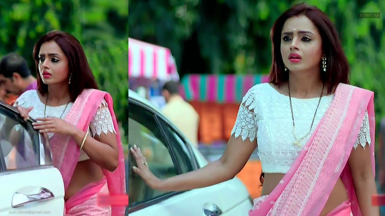 Parul Chauhan_YRKKH_02_Hot Saree Pics