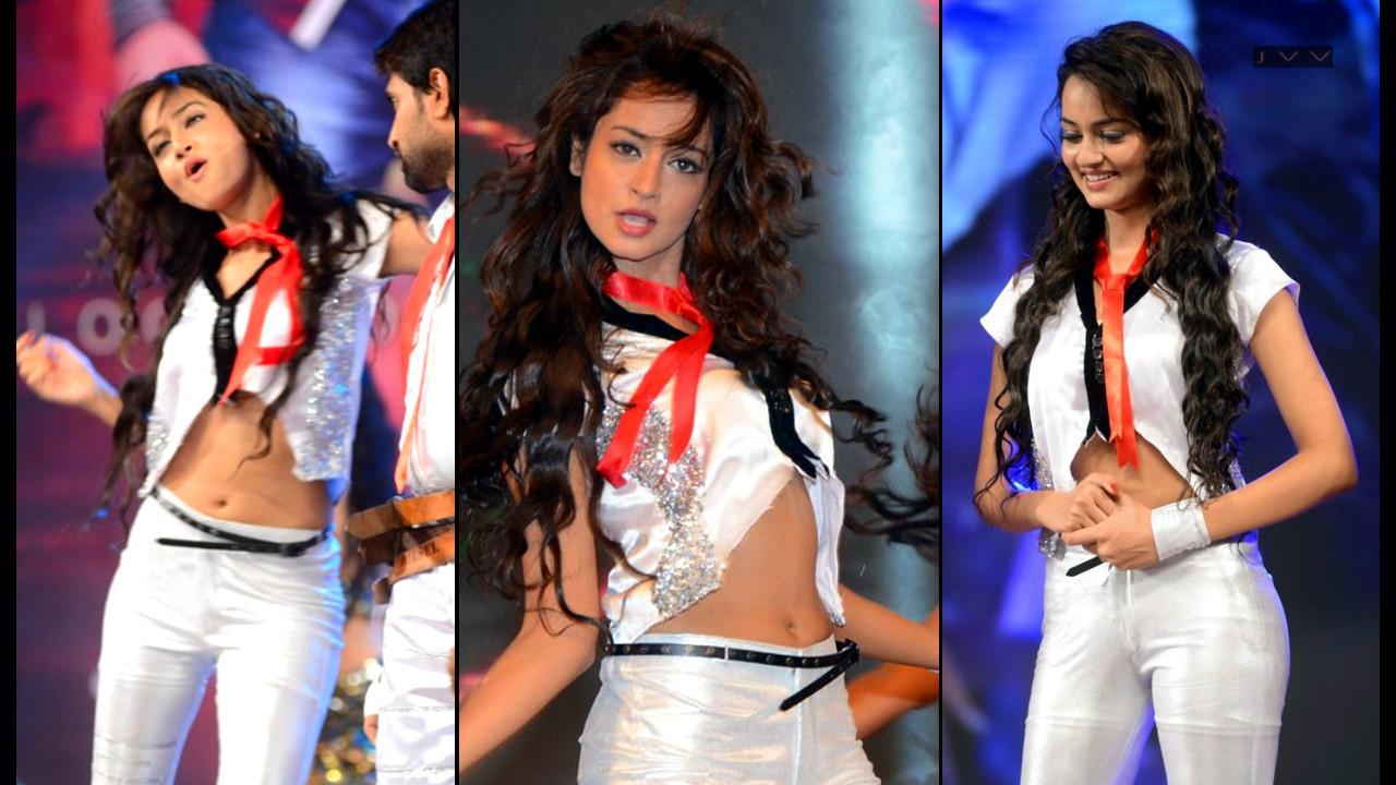 Shanvi Srivastava_006_Dance Performance