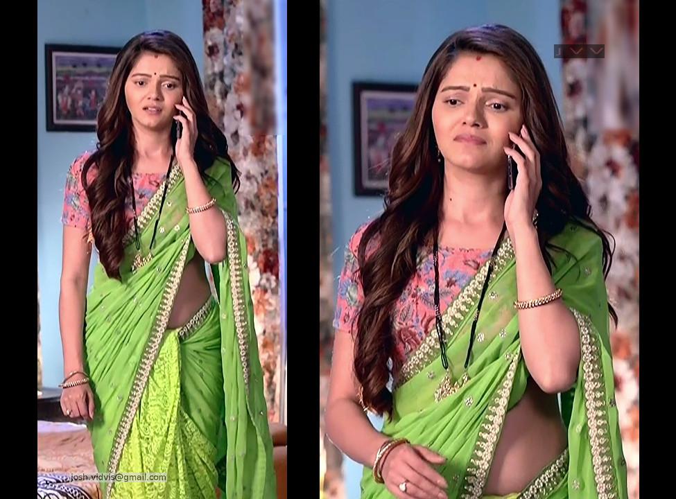 Rubina Dilaik_Hindi TV Actress_03_Hot Saree Pics