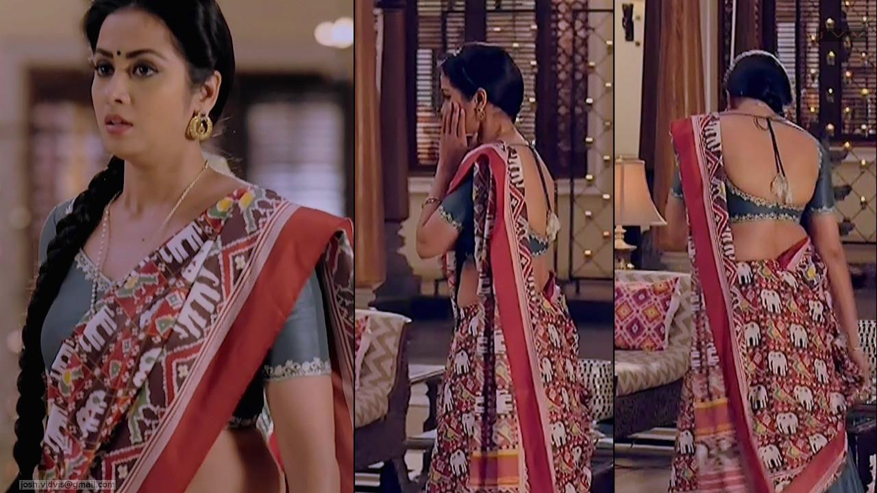 Madhura Naik_Hindi TV actress_01_Hot backless saree Pics