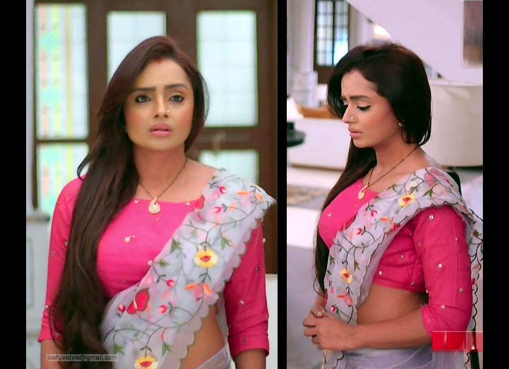 Parul Chauhan_Desi Tv Actress04_Saree Caps