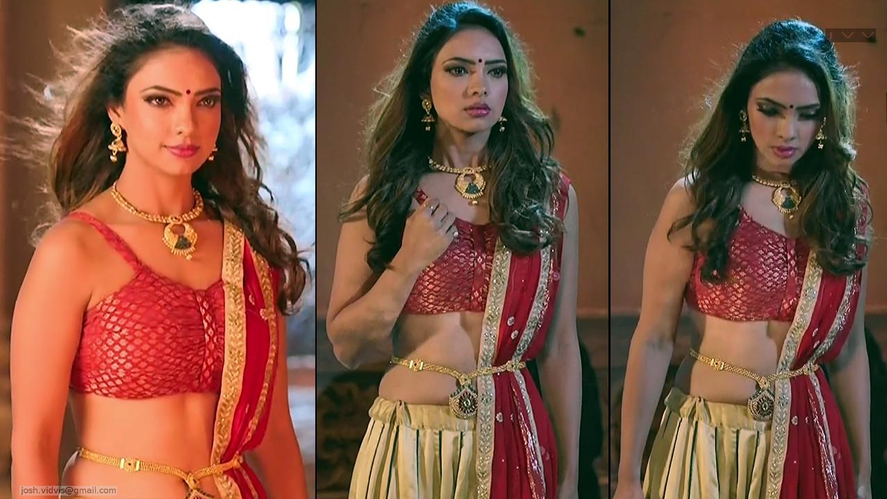 Pooja Banerjee_Hindi TV Actress_01_hot navel pics