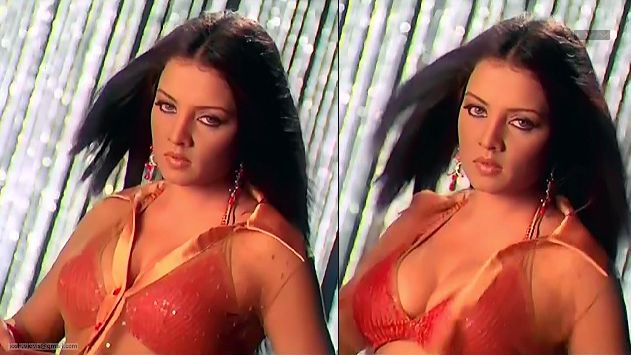 Celina Jaitley_Bollywood Actress_01_Hot movie stills