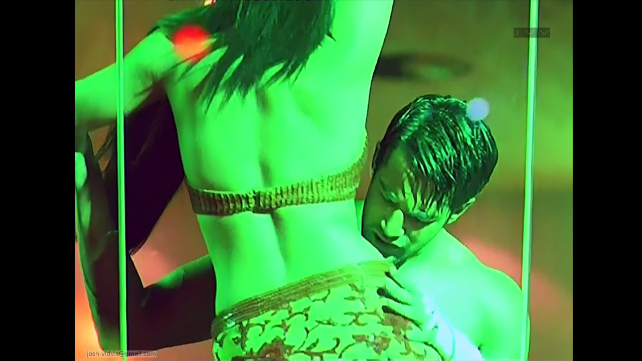 Celina Jaitley_Bollywood Actress_11_Hot movie stills