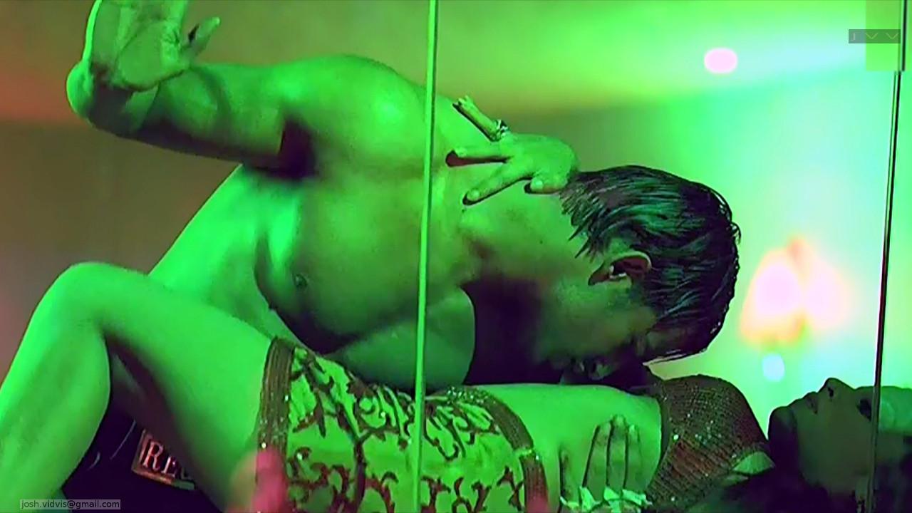 Celina Jaitley_Bollywood Actress_18_Hot movie stills