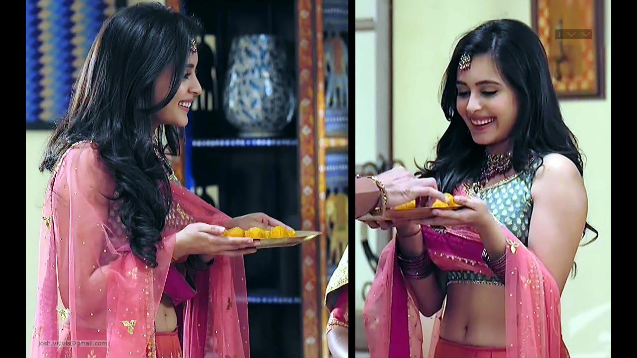 Rhea Sharma_Hindi TV Actress_04_Hot Choli Lehenga Pics