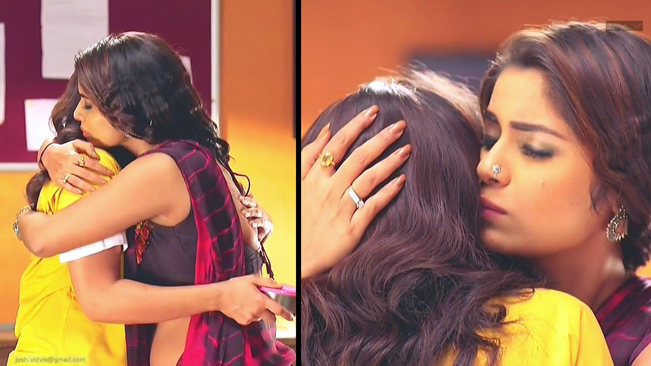 Sayantani Ghosh_Hindi TV Actress_06_Hot Saree Pics