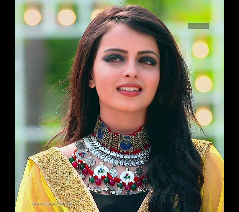 Shrenu Parikh_Hindi TV Actress_02_Hot Photo