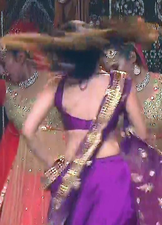 Simran Kaur_Hindi TV Actress_09_Dance Performance hot pics