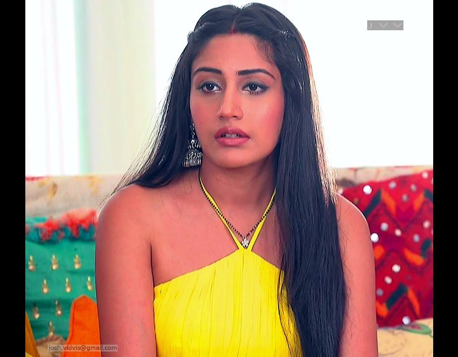 Surbhi Chandna_Hindi TV Actress-IB S1_08_Lehenga Choli Pics