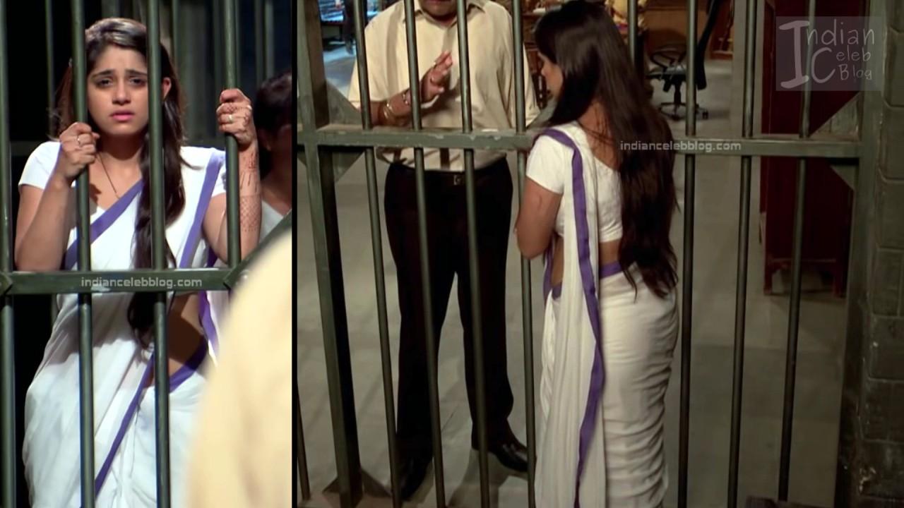 Chandni Bhagwanani_Hindi TV serial Actress_14_Hot sari photo