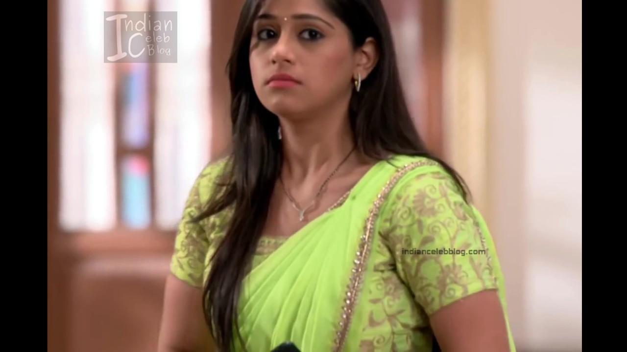 Chandni Bhagwanani_Hindi TV serial Actress_4_Hot sari photo