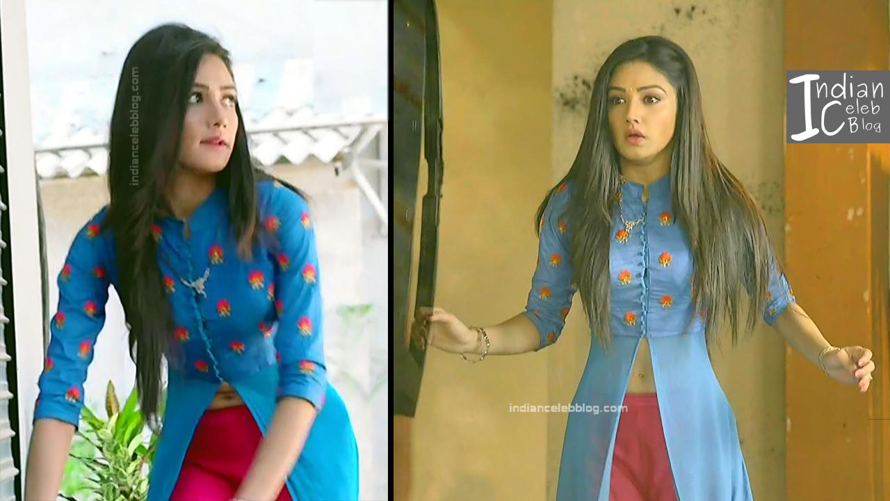Donal Bisht_Hindi TV Actress EkDT S1_10_Hot navel show pics