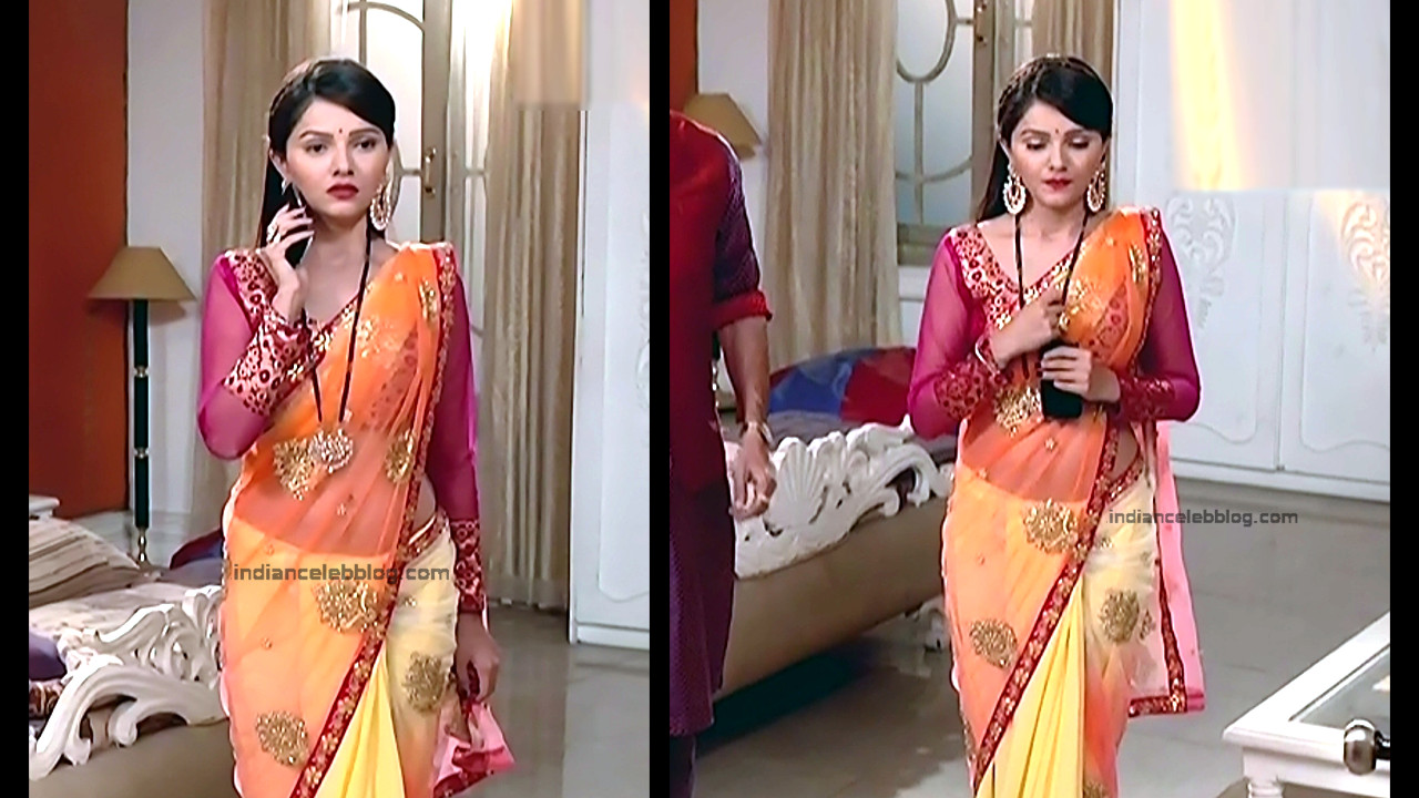 Rubina Dilaik_Hindi TV Actress_2_Hot Transparent saree navel pics