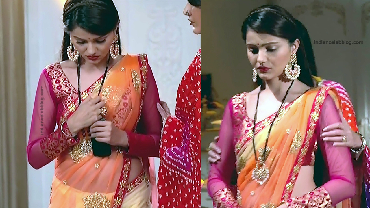Rubina Dilaik_Hindi TV Actress_8_Hot Transparent saree navel pics