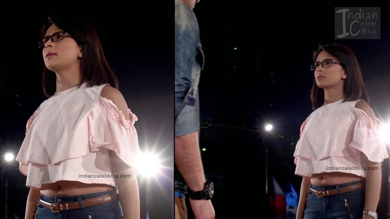 Sonal Vengurlekar_Hindi TV Actress YehVR S3_9_Hot Jeans