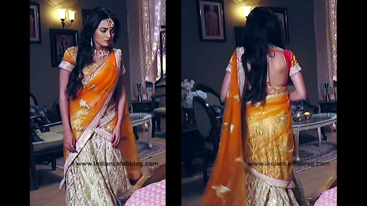 Tejaswi Prakash hot saree pics_RishtaLHN S2_8