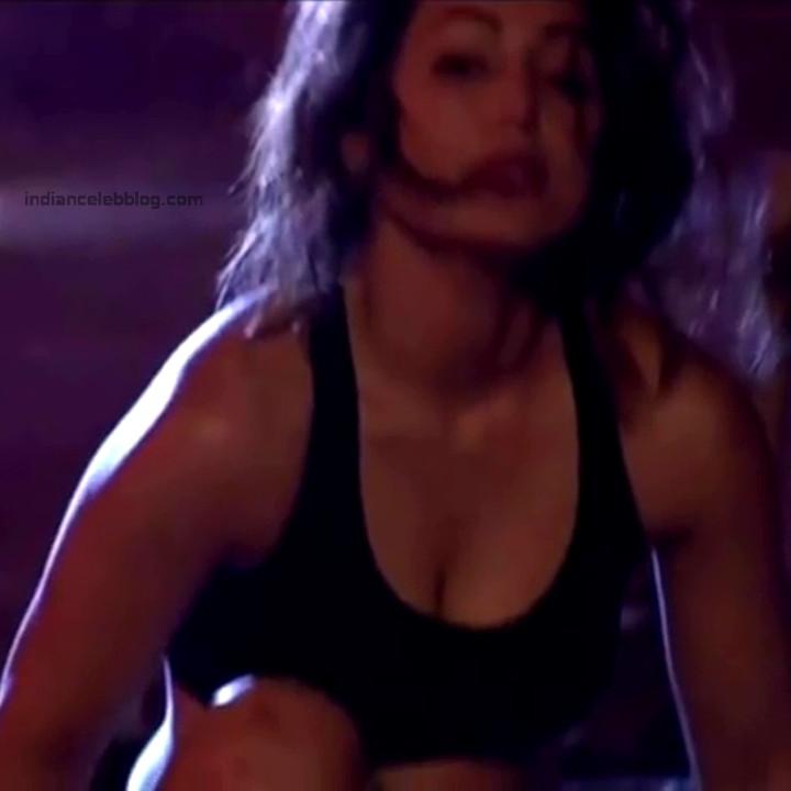 Hina Khan_Hindi TV Actress_3_Khatron game show photos
