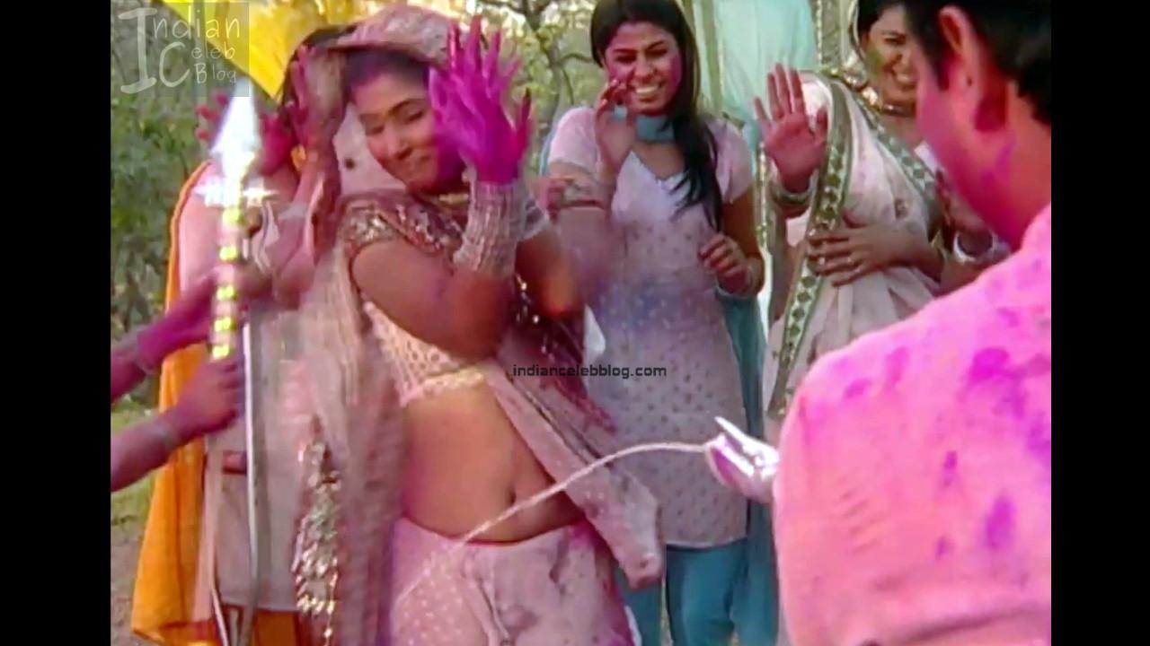Hina Khan_Hindi TV Actress_8_Hot Sari photos