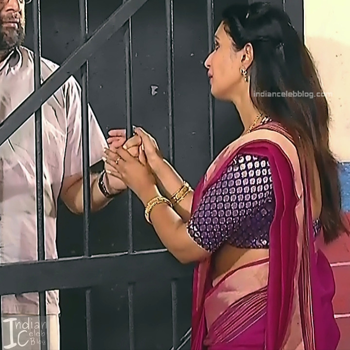 Kavya Shastry_Tamil TV Actress Mahalakshmi S1_9_Hot saree pics