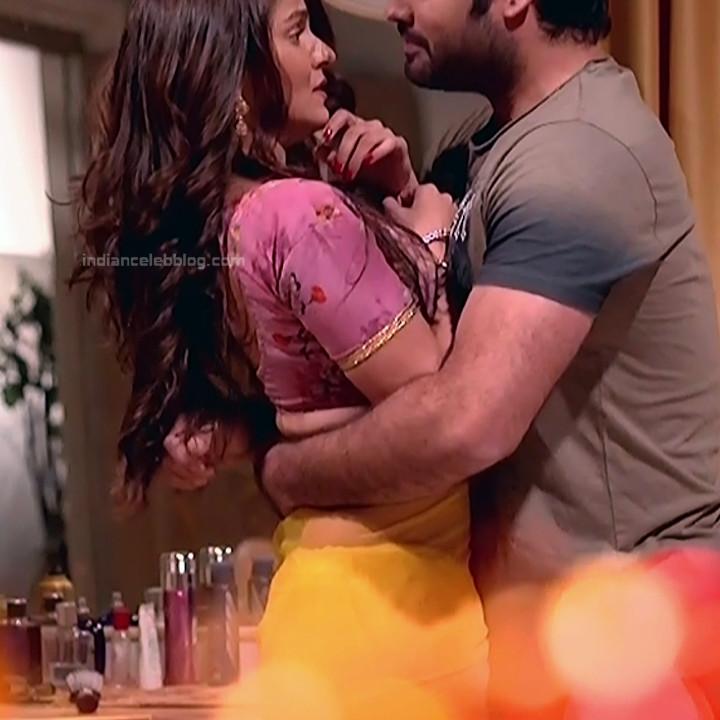Rubina Dilaik_Hindi TV ShaktiA-S4_12_Hot Sari image