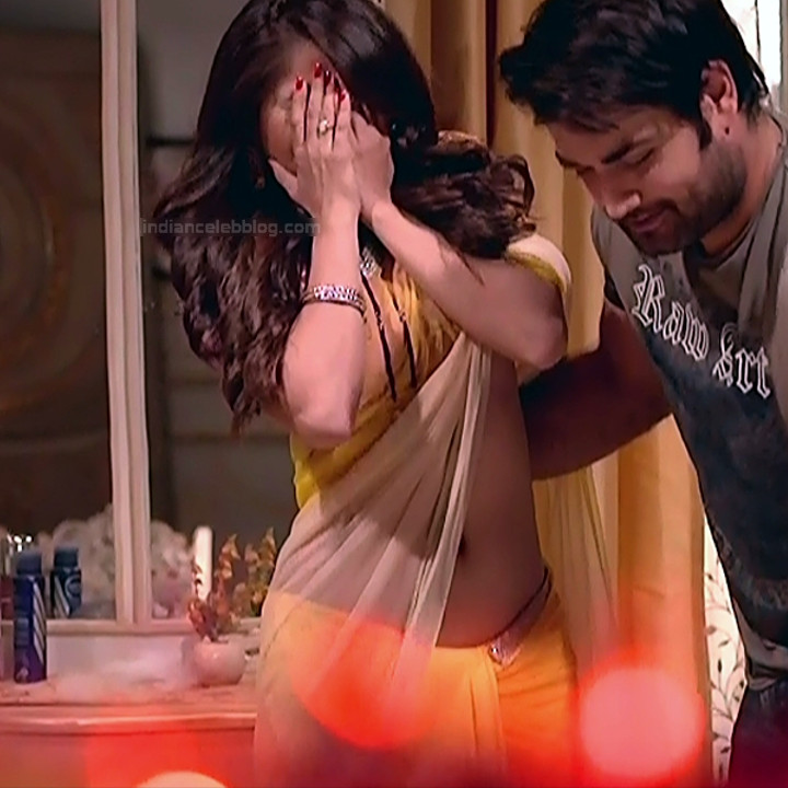 Rubina Dilaik_Hindi TV ShaktiA-S4_14_Hot Sari image