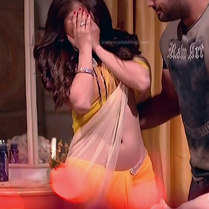 Rubina Dilaik_Hindi TV ShaktiA-S4_15_Hot Sari image