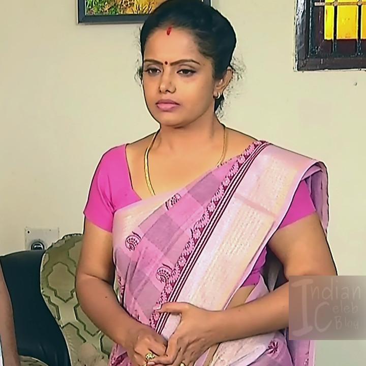 Sudha Tamil TV Actress Mahalakshmi S2 14 Hot Saree Photos