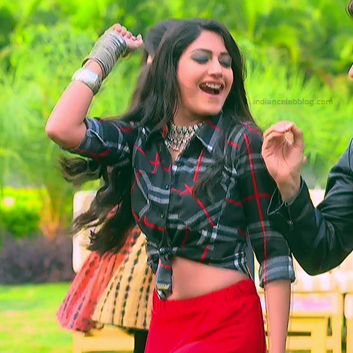Surbhi Chandna_Hindi serial actress IB-S2_5_Hot navel pics