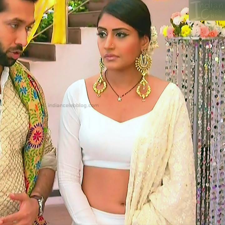 Surbhi Chandna_Hindi serial actress IB-S2_8_Hot navel pics