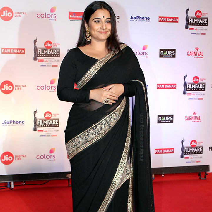 Vidya Balan_Bollywood Actress Event Pics - S1_4_Hot Saree