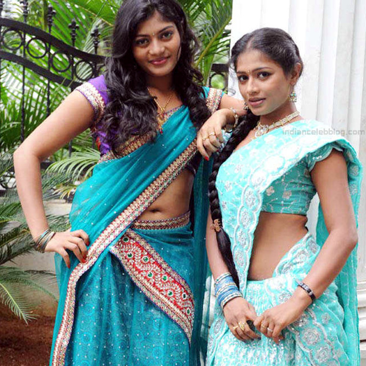 Anusri Telugu TV Actress Saree Photoshoot_15