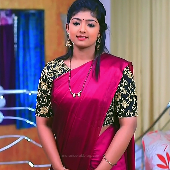 Bhoomi shetty kannada serial actress KinNS2 23 Hot saree photo
