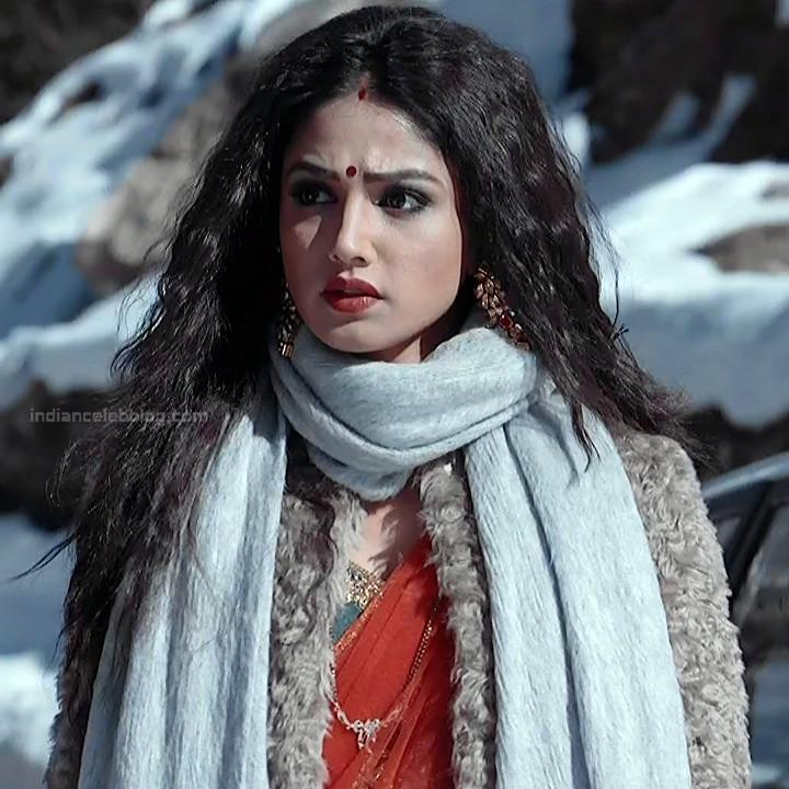 Donal Bisht Hindi Serial Actress EkDTS1 18 Hot Saree Pics