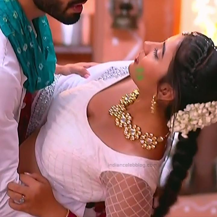 Meera Deosthale Hindi TV actresss Udaan S3 3 hot lehenga pics