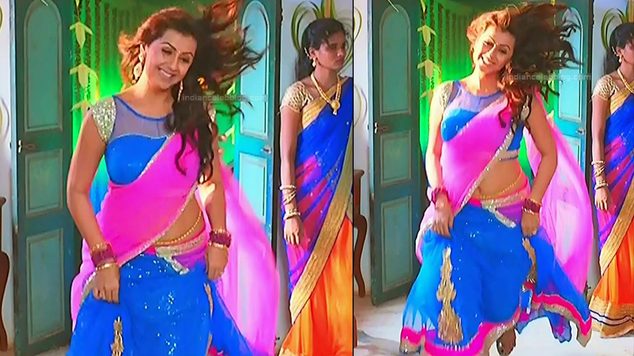 Nikki Galrani Tamil actress kalakalappu movie photos S1 2