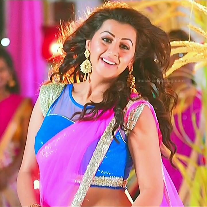 Nikki Galrani Tamil actress kalakalappu movie photos S1 3