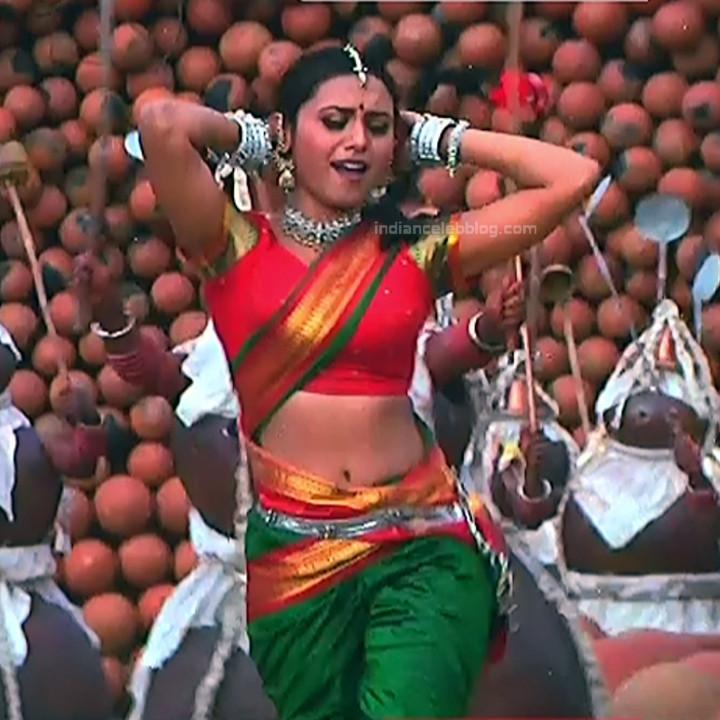 Rani Mukherji Hot movie stills Nayak S2-3 5