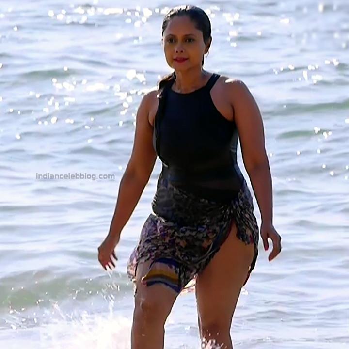 Sadia Siddiqui Hindi TV Actress TuSMSPS1 2 Hot swimsuit photo