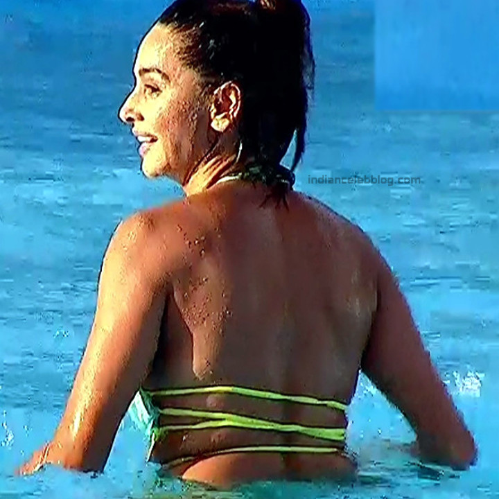 Shibani Dandekar Hindi TV anchor reality show S1 9 hot pics