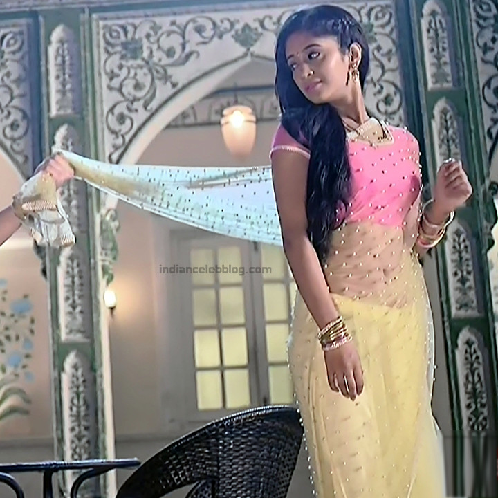 Shivangi Joshi Hindi TV Actress YehRKKH-S2 hot saree photos_4