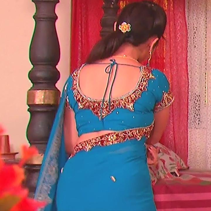 Aishwarya Meghana Telugu serial actress AgniSS1 8 hot saree caps