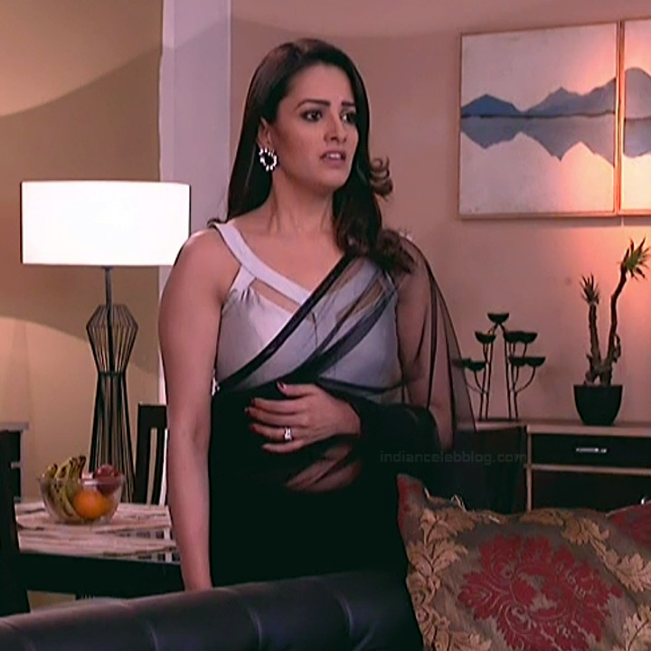Anita Hassanandani Hindi TV actress YehHMS3 16 hot saree pics