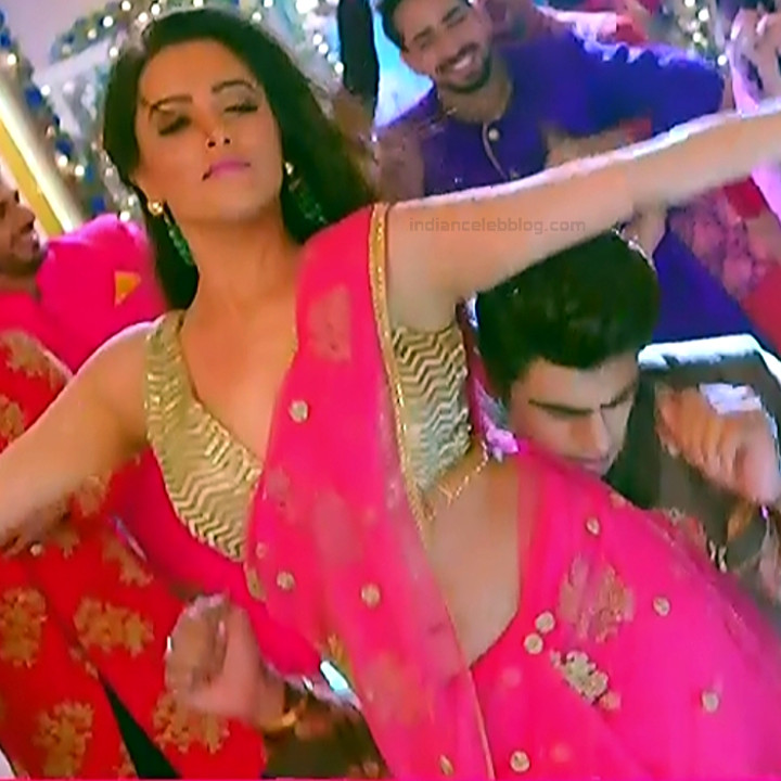 Anita Hassanandani Hindi TV actress YehHMS3 9 hot navel show pic